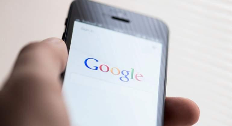¿Cambiaría a Google o Amazon si fueran operadores de móvil?